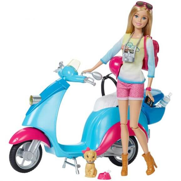 Barbie With Scooter Mer information kommer snart.