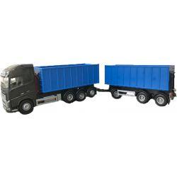 Volvo lastbil med lastväxlare och släp. Emek 1:25