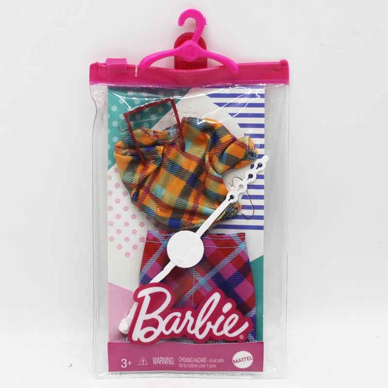 Barbiekläder med väska och skor